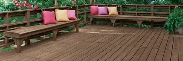 Why did People Are Adding Decking to Their Gardens This Year?